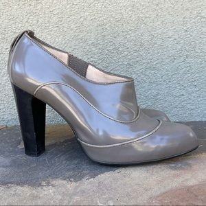 Tod's charcoal loafer heels